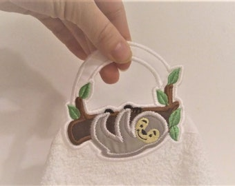 "Sloth - towel hanging hole - ""In The Hoop"" machine embroidery design, ITH project, for hoops 4x4 and  5x7"