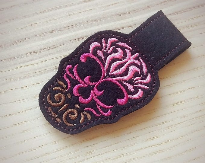 Skull calavera key fob, ith key fob, mini embroidery design, key fobs felties, in the hoop embroidery project