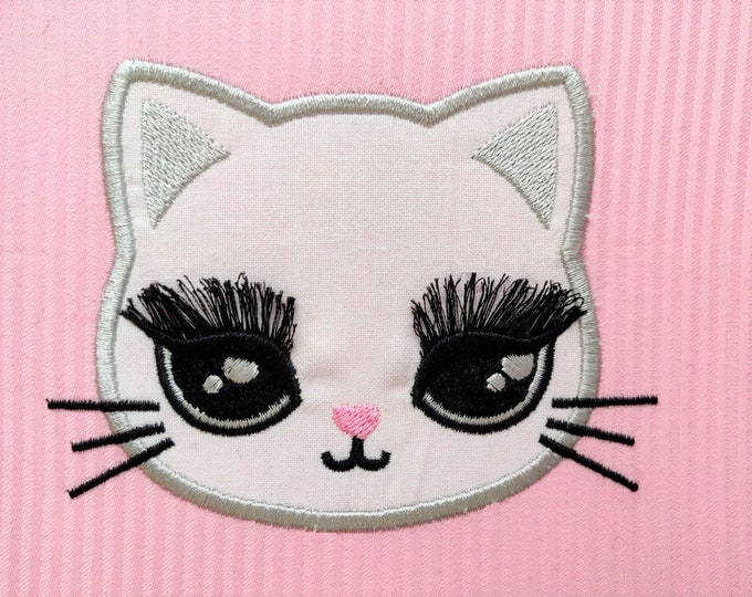Pretty eyes kitty cat applique, fringed eyelashes, fluffy eyes, ITH In the hoop machine embroidery design