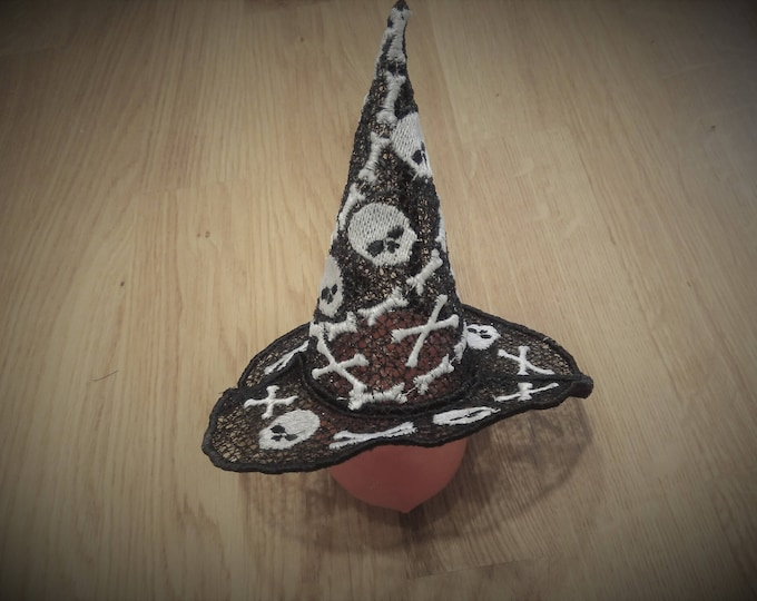 Halloween witch Lace Hat with little skulls FSL, Free standing embroidery design 5x7 Used with water soluble stabilizer