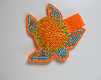 Turtle for cirle monogram and without Snap key fob, feltie, mini embroidery design, in the hoop keyfob embroidery project