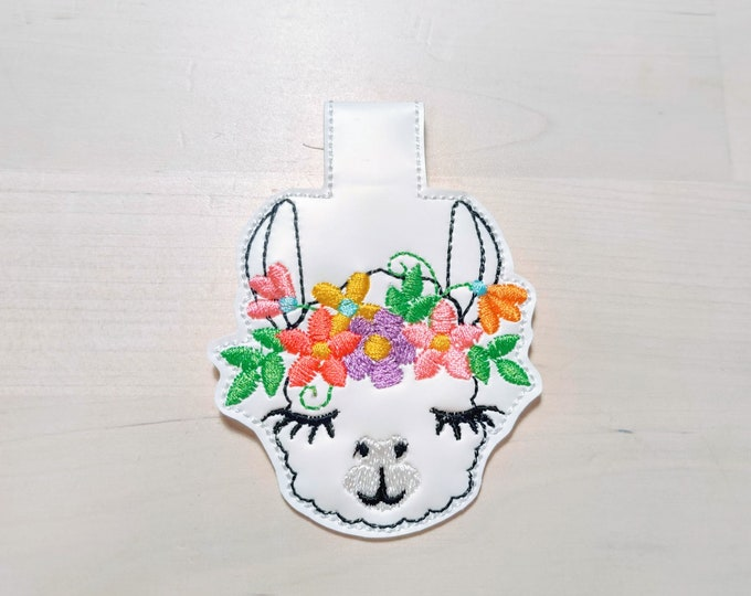 Floral crown llama head, alpaca head with flowers, ITH key fob, mini embroidery design, key fobs feltie in the hoop embroidery project