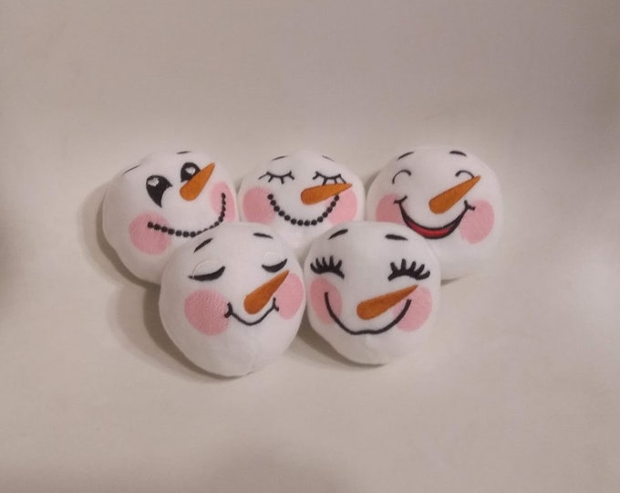 Snowman face Snowball for playing in snow fight ITH embroidery, In The Hoop Machine Embroidery designs, in one step only, simple ITH