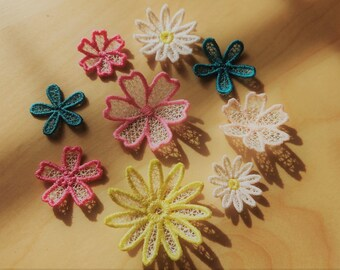 Mini delicate lace flowers  collection of 4 FSL flower mini designs, Free standing lace embroidery design 1.2, 1.5, 2 and 2.5 inches