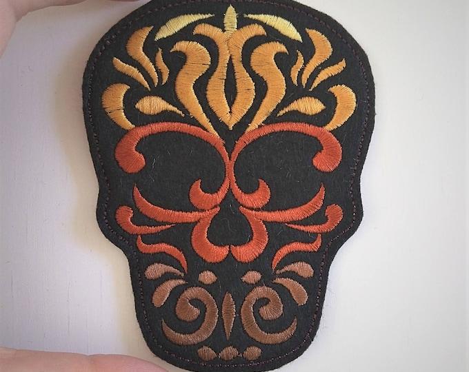 Skull colorful calavera feltie, mini machine embroidery design, felt outline mini embroidery, key fob keyfob in the hoop embroidery project
