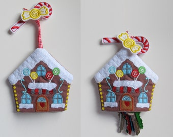 Christmas ginger house, key case, key fob, key cover, key pocket, ITH In The Hoop machine embroidery design 4x4, 5x7 Xmas cute keychain