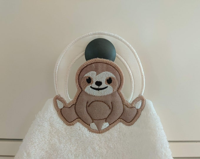 Sloth towel hanging topper hole In The Hoop machine embroidery design, ITH project Towel topper, hanger, hanging hole embroidery