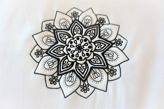 Mehndi Circle Ornament Machine Embroidery Designs Instant Etsy