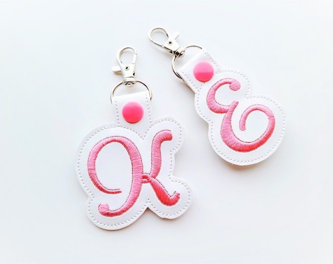 Key fob snap tab Monogram script initial letters from A up to Z in the hoop ITH keyfob bag tag keychain machine embroidery designs 4x4