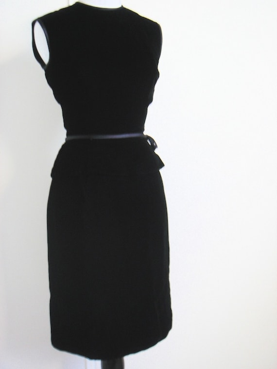 Vintage Suzy Perette Black Velvet Sheath Dress