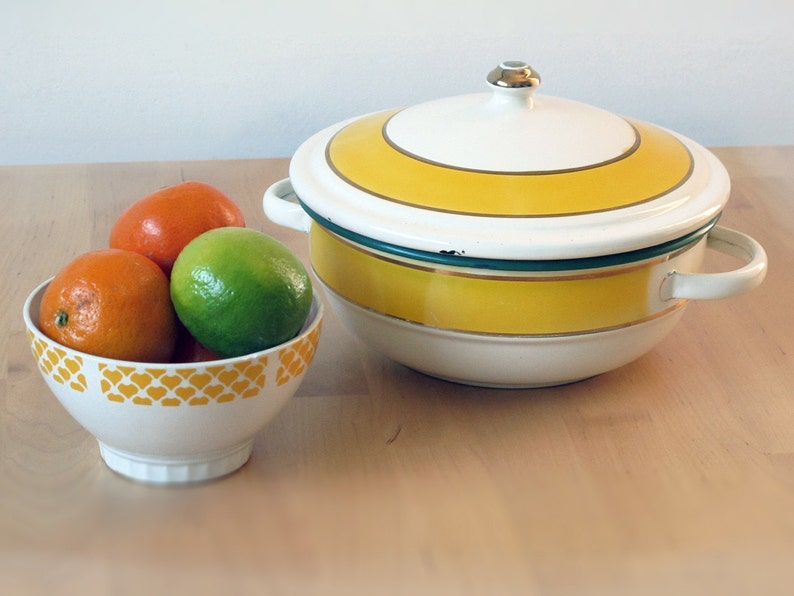 Vintage Small French Tureen Vintage Enamelware Cookware Baking Pan Mid Century Kitchen Shabby Chic -Vintage Enamel Casserole Pan