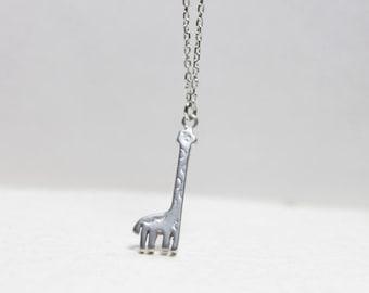 Cute giraffe pendant Necklace - S2167-1