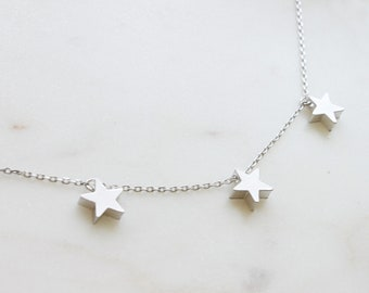Simple Three STAR Necklace, Silver Triple star necklace, Trios Star pendant, Gift for mom, Gift for Friend, Wedding Gift, Gift idea -S2075
