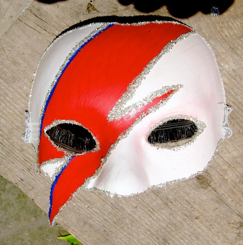 Aladdin Sane / Ziggy Stardust / Bowie  mask image 0