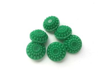 7 Antique Fancy Green Grass Plastic Buttons, 21mm