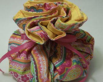 Pain Reliever Hot/ Cold Herbal Therapy Flax Seed filled Ice Bag Pink Paisley
