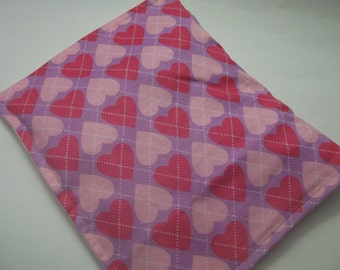 Hot/Cold Herbal Therapy Flax Seed  Heating Pad & Heart Plaid Cover