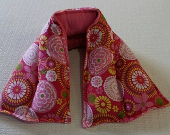 Hot/ Cold Herbal Therapy Neck, Knee and Ankle Wrap Bright Flowers on Pink
