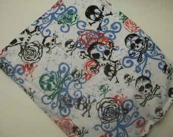 Hot/Cold Herbal Therapy Flax Seed  Heating Pad & Skull and Crossbone Sketches Cover