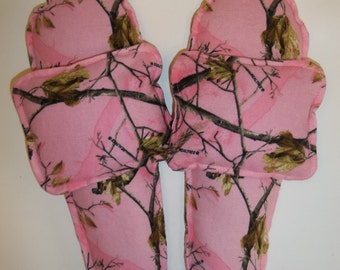 Flannel Foot Warmers Flax Seed Sock/Slippers inserts and Toasty Hand Warmers Set Real Tree Pink Camo