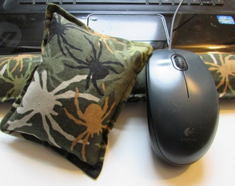 Hot/ Cold Aromatherapy Keyboard and Mouse Wrist Supports Spiders
