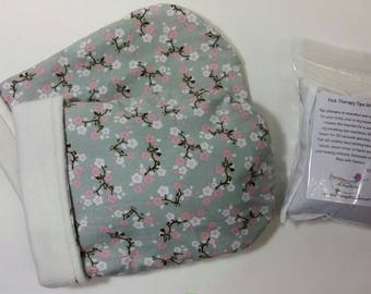 Hot Therapy Spa Mitten Set Cherry Blossoms on gray