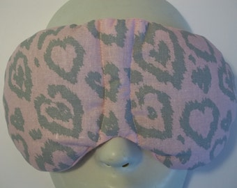 Herbal Hot/Cold Therapy Sleep Mask with adjustable and removable strap Leopard Hearts on Pink