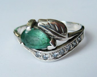 Natural Pear Emerald, CZ In Sterling Silver Ring. Size 6.5