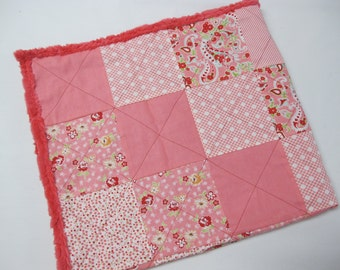 Floral coral baby girl quilt