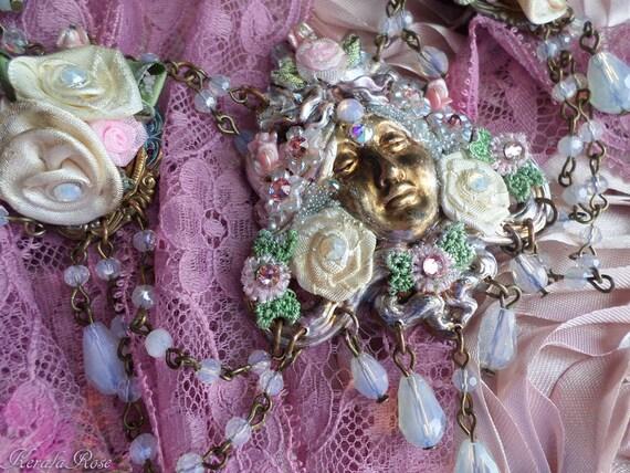 Clip Soporte Maniquí Niñas Bling corona de color rosa Bling Cristal Romaní personalizado nombre Romany