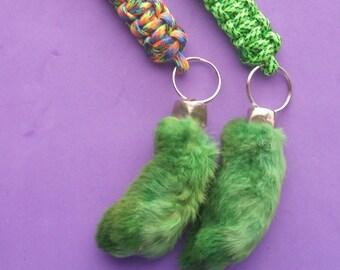 Lucky Green Rabbit Foot Key Ring. Real rabbit foot lucky key chain.  Paracord key fob f79ae1e90d
