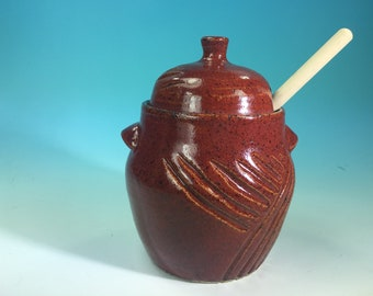 Honey Pot with Wooden Dipper and Line Carving // Carved Handmade Pottery Honey Jar // Housewarming or Wedding Gifts - READY TO SHIP
