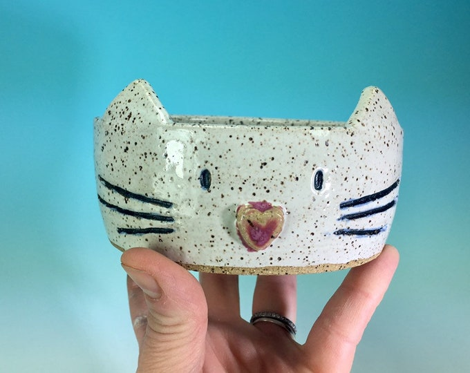 Small White Kitty Bowl // Cat food dish // Gifts for Cats and Cat lovers - READY TO SHIP
