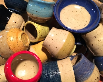 Miniature Color Block Pottery in Assorted Sizes and Colors // Artist's Choice Grab Bag // Tiny Pots, Bowls, Jars and Cups - READY TO SHIP