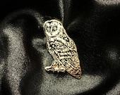 Owl pin - Barn owl - bird of prey pin - Animal Enamel Pin Lapel Pin Hard Enamel Pin Pin Game Pingame black and gold flair animal pin owls