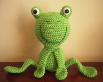 Crocheted Stuffed Frog with Bendable Legs