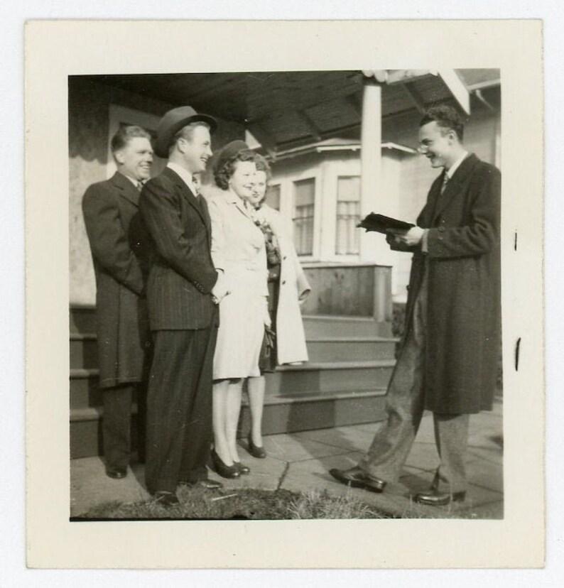 10 Vintage Photo Front Yard Wedding