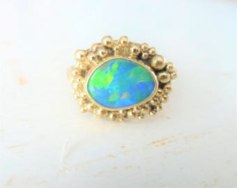 Gold Statement Opal Ring, Oval shape Multi dots 9K gold, 18K Gold ring, Christmas gift, iridescent Australian Opal Doublet ring , size 6.75