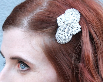 White Pearl and Rhinestone Beaded Applique Hairclip // Art Deco // Roaring 20s // Great Gatsby // Wedding // Bridesmaid Gift