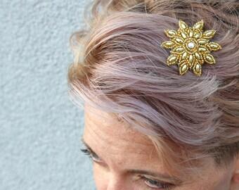 Gold Beaded Starburst Hair Clip