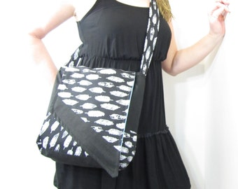 Feathers Messenger Bag Black and White