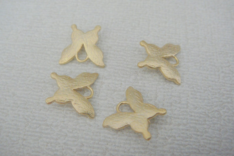 findings Dragonfly connectors butterfly Matte Gold Tarnish resistant Butterfly pendants EW8974 2 pc