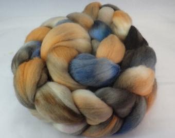 4 ounces Hand Dyed 21.5 Micron Merino Top