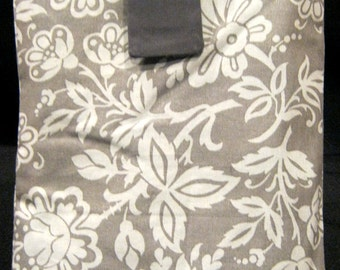 E-Reader Sleeve - Gray Flowers