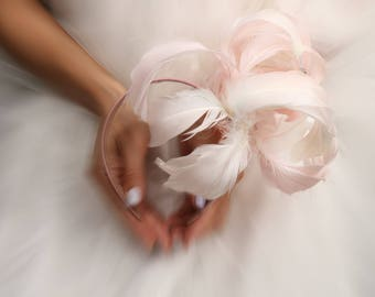 Hand dyed swan feather fascinator, ombre peach and pink, best for races headpiece,unusual feather accessory for women, millinery races
