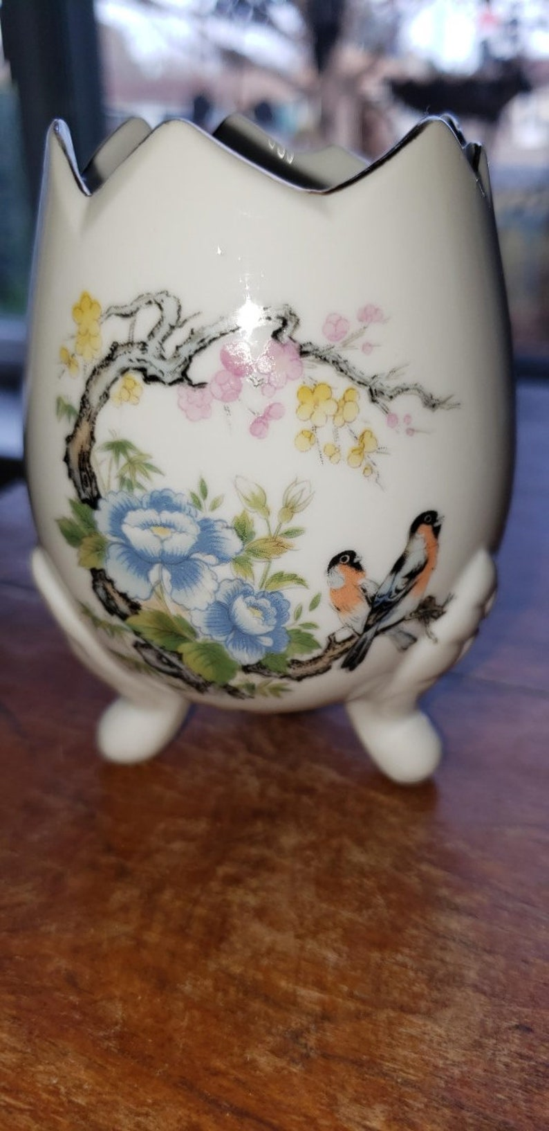Vintage small cracked egg planter birds Japan excellent condition