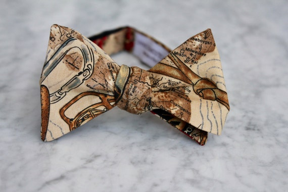 Mountaineering Bowtie - clip on, pre-tied with strap or self tying