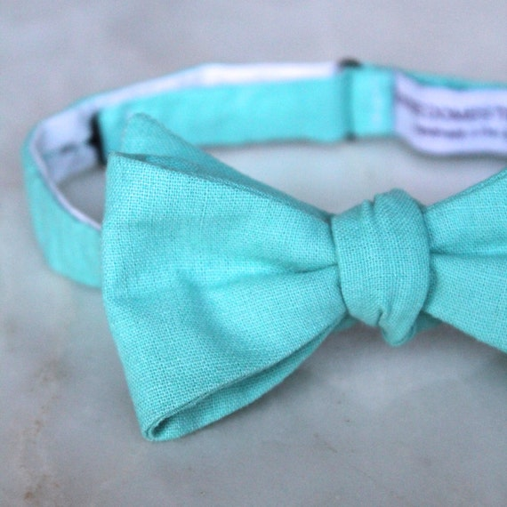 Bow Tie in turquoise linen - clip on, pre-tied adjustable strap, or self tying - wedding party, ring bearer outfit, groomsmen gift