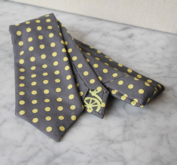Men's Necktie in Charcoal and Yellow Polka Dot