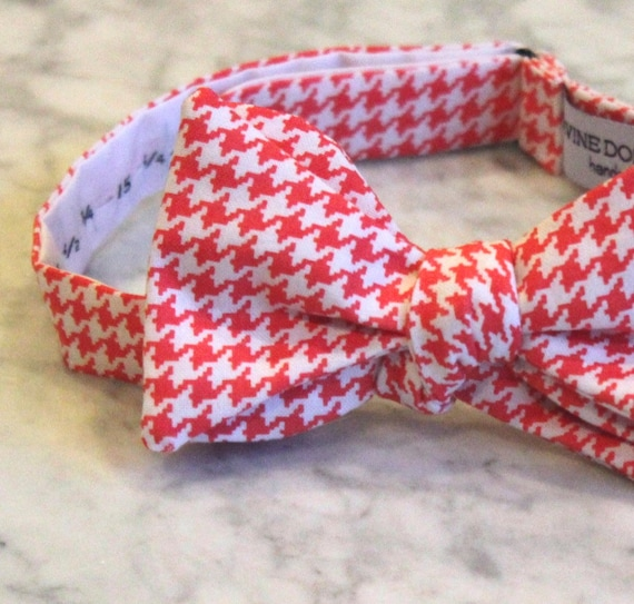Paprika coral Hounstooth Bow Tie - Self tying - freestyle - Groomsmen gift and ring bearer outfit